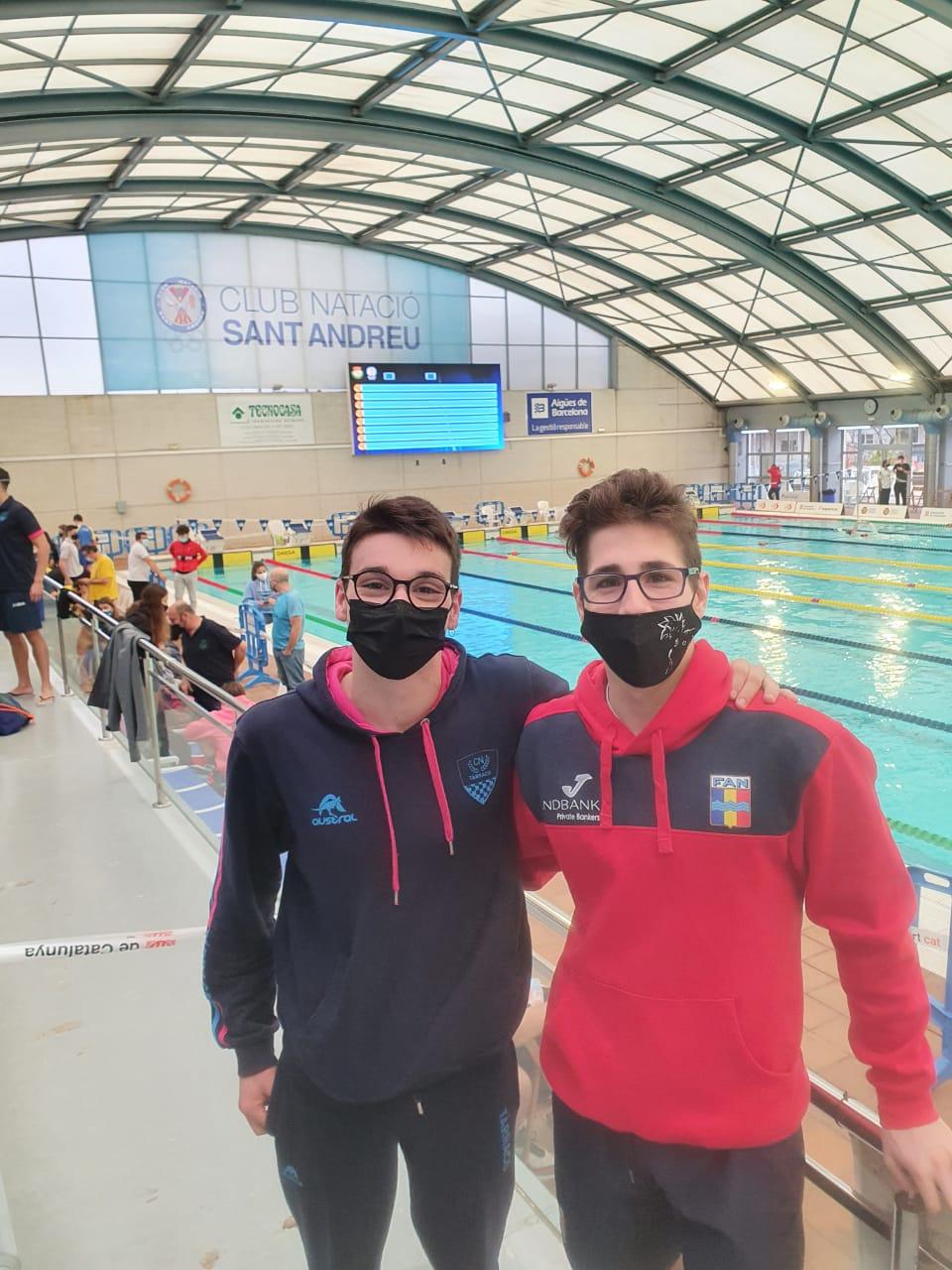 Jordan Lecoq i Marc Monteiro a la piscina del CN Sant Andreu.